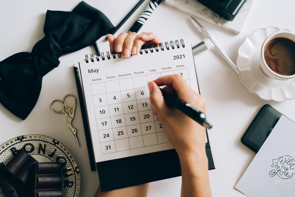 calendar marking down installment loan due dates