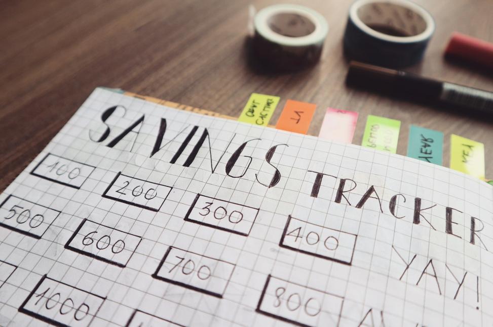 Savings tracker for a financial plan.