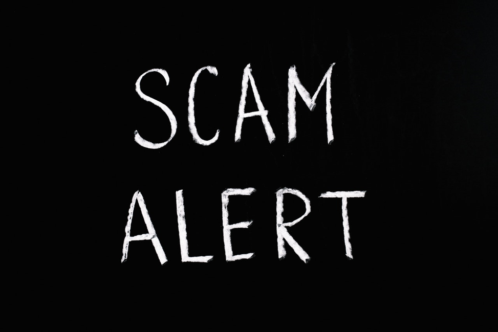 warning signs of online loan scams