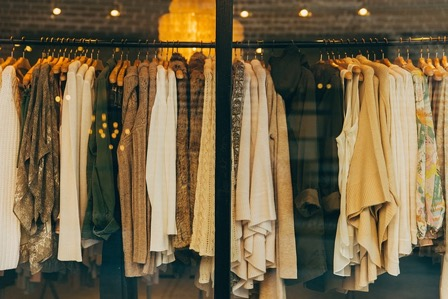 Keep your wardrobe simple after college